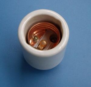 E27 508-1/2 porcelain lamp holder