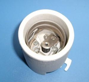 E40 539B porcelain lamp holder