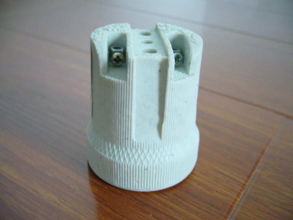 E27 F519 porcelain lamp socket