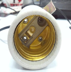 E27 F519 Light bulb sockets inside